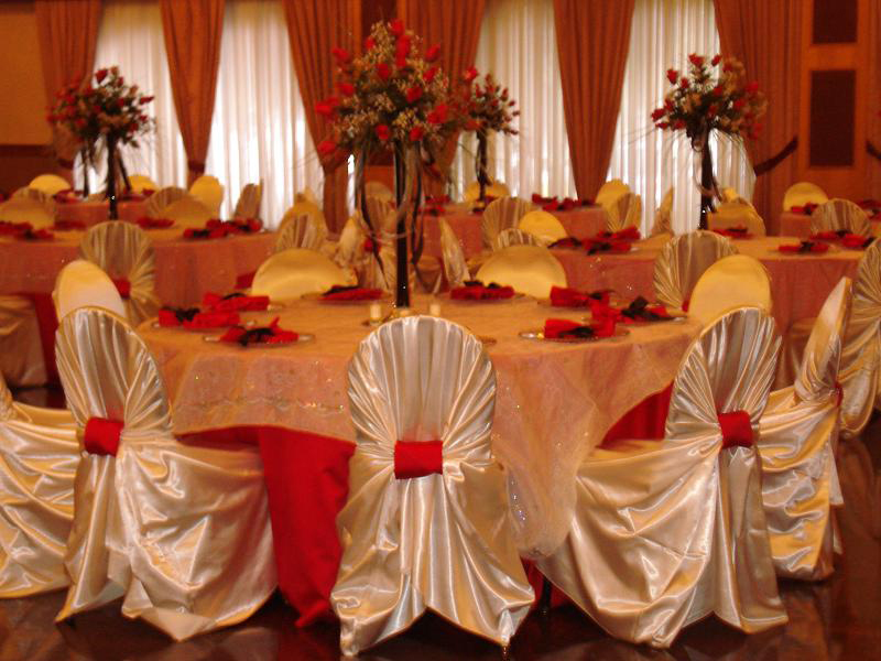 ... Wedding Satin Chair Covers And Linens ...